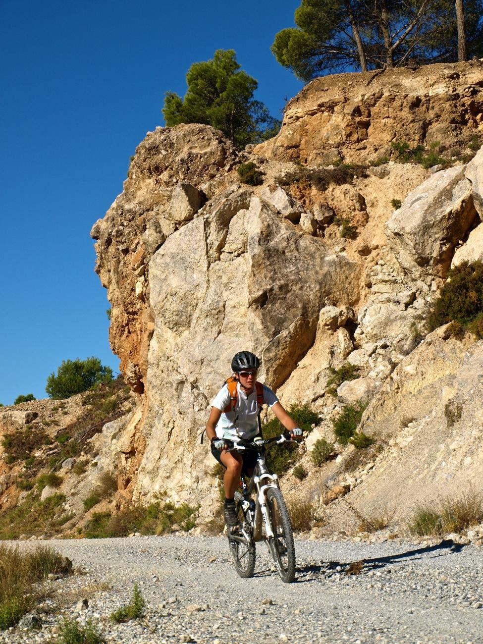 Pedales de Granada I Mountain Bike I CONUNPARDERUEDAS.com