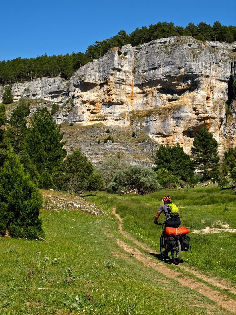 Picos de Urbión y Cañón del Río Lobos I CONUNPARDERUEDAS.com