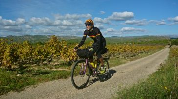 Cicloturismo Prades Montsant Priorat Ports I BACKROADS I CONUNPARDERUEDAS.com