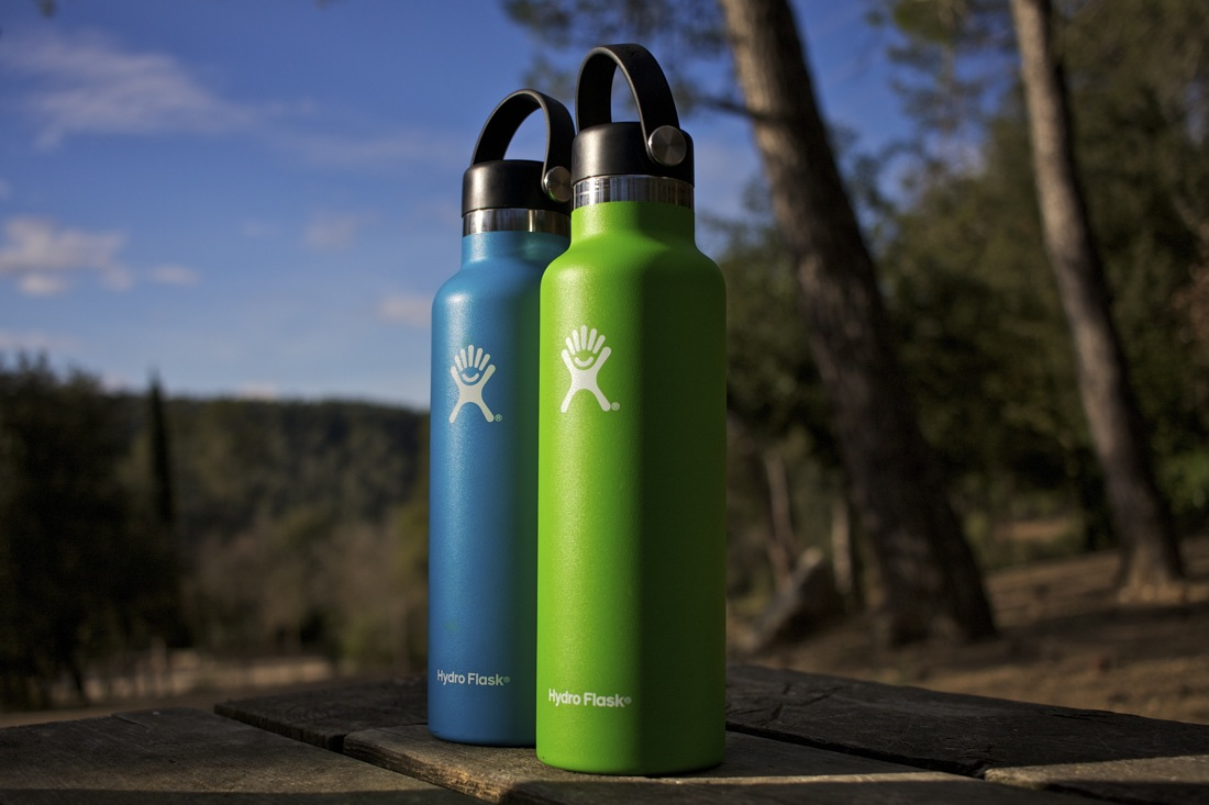 Hydro Flask de 621 ml.