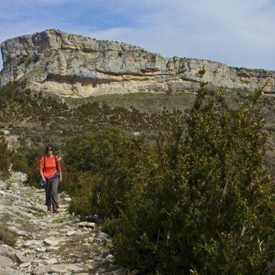 Peña de Surta y Cueva Drólica